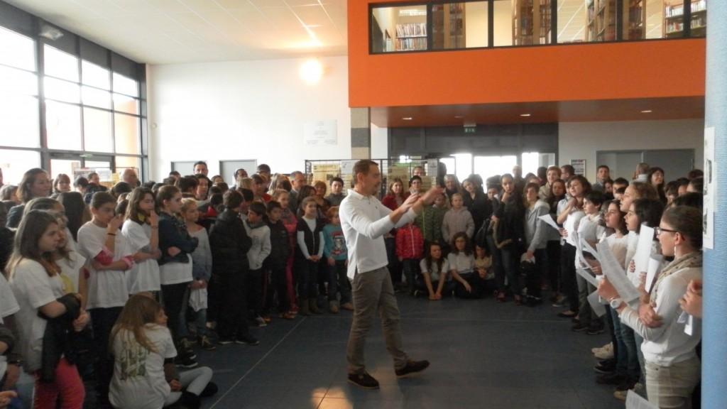 Portes ouvertes 2014 - La chorale du collège Capeyron.